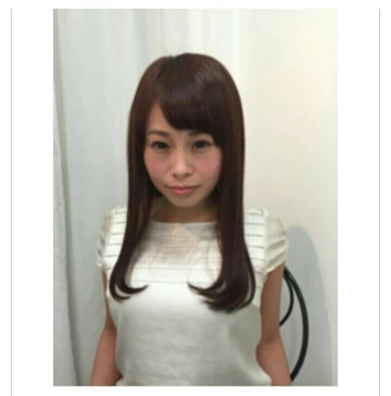 ロング ストレート エレガント 透明感ヘアスタイルや髪型の写真・画像