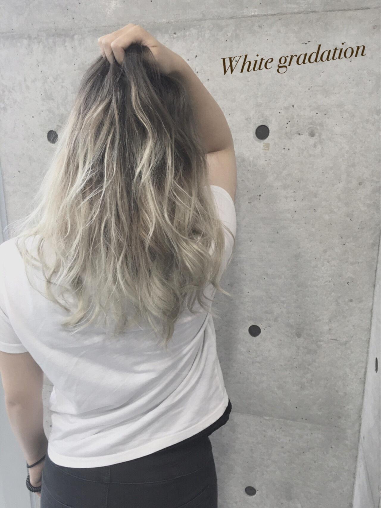渋谷系 ホワイト グラデーションカラー 外国人風ヘアスタイルや髪型の写真・画像
