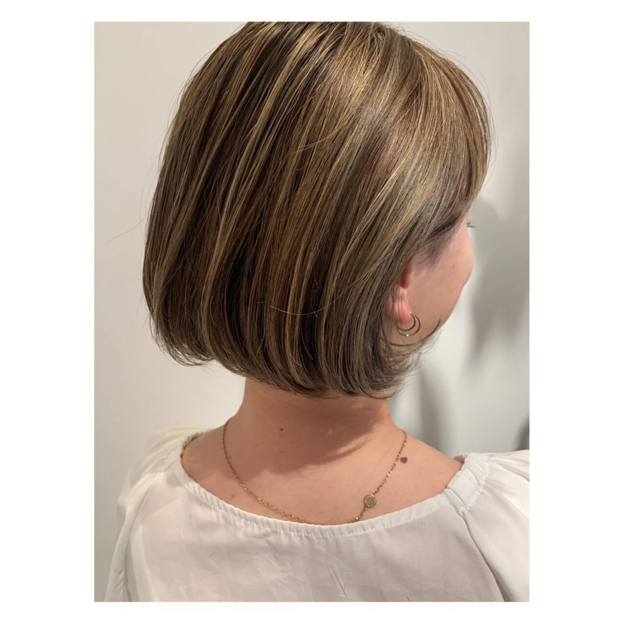 ハイトーンボブ ハイトーンカラー ショートボブ フェミニンヘアスタイルや髪型の写真・画像