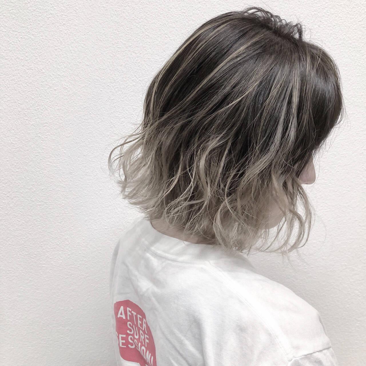 バレイヤージュ ハイライト 透明感 ストリートヘアスタイルや髪型の写真・画像