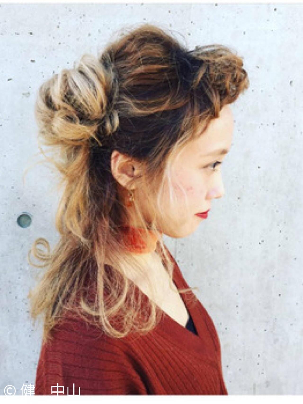 大人女子 ルーズ ハーフアップ ミディアムヘアスタイルや髪型の写真・画像