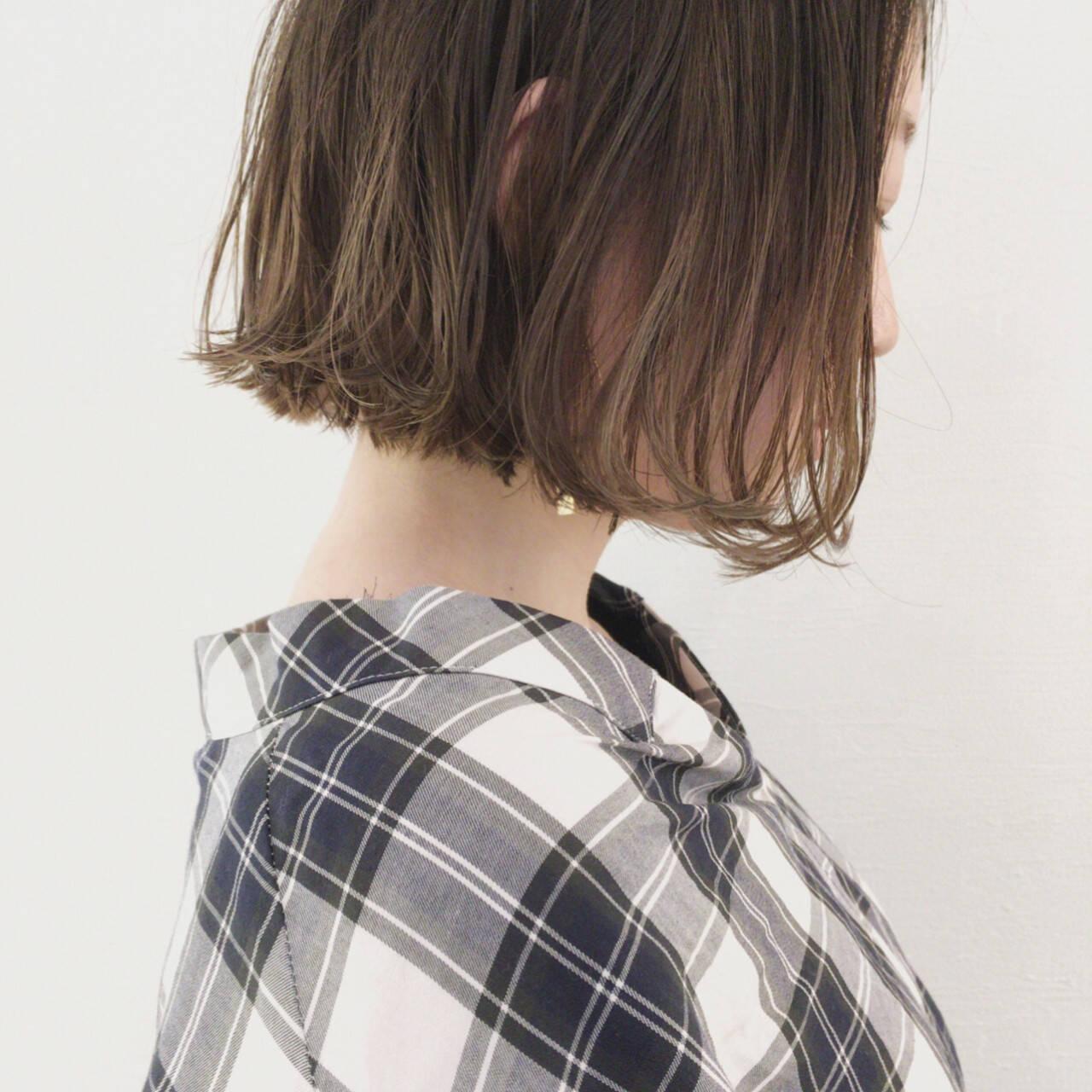 リラックス インナーカラー グレージュ 外国人風カラーヘアスタイルや髪型の写真・画像