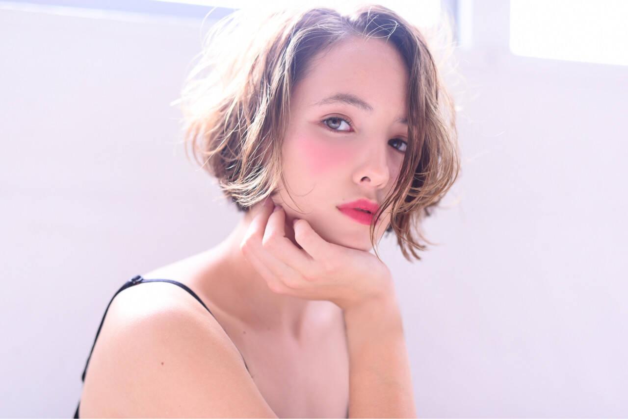 外国人風 ショート おフェロ フェミニンヘアスタイルや髪型の写真・画像