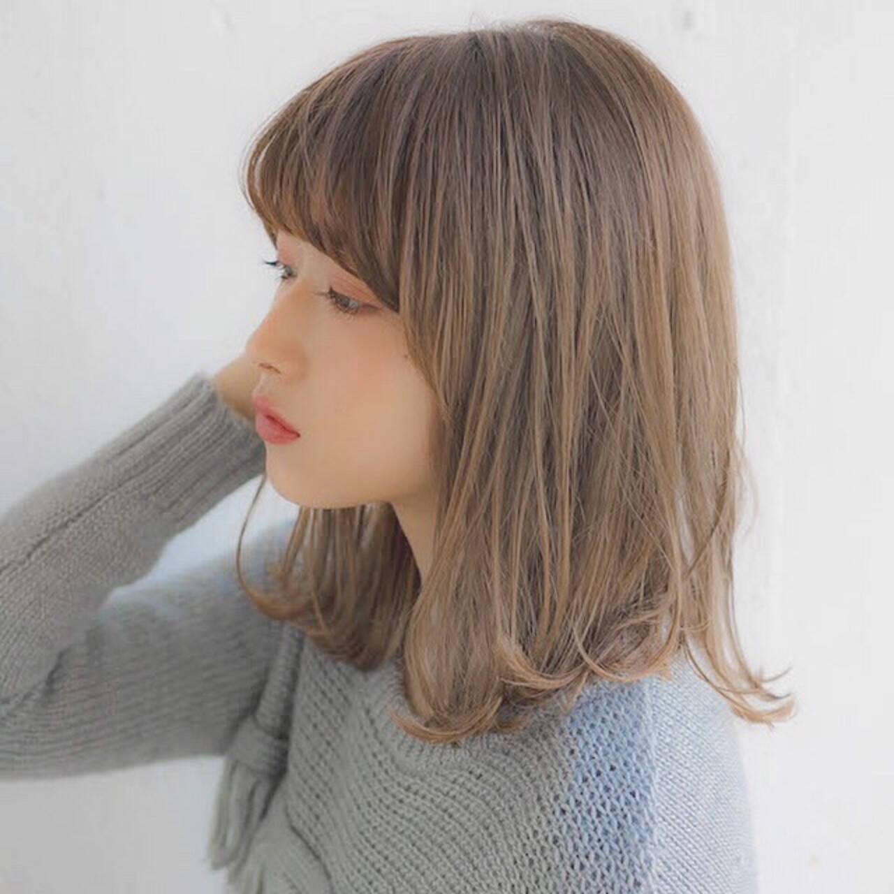 パーマ デート グレージュ 大人かわいいヘアスタイルや髪型の写真・画像