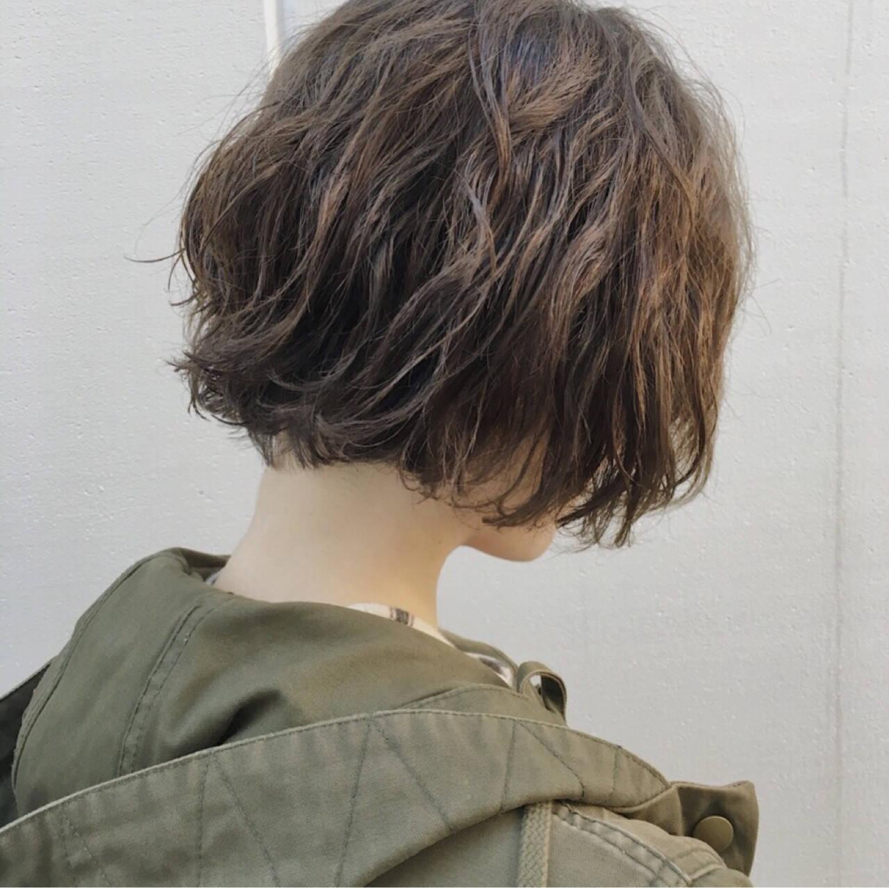ショート ショートボブ 抜け感 モードヘアスタイルや髪型の写真・画像