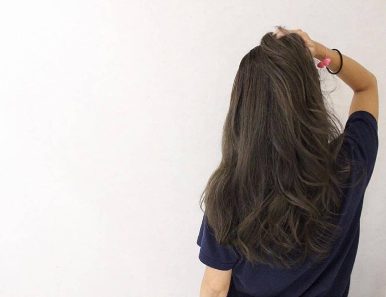 グラデーションカラー ウェーブ ロング ハイライトヘアスタイルや髪型の写真・画像