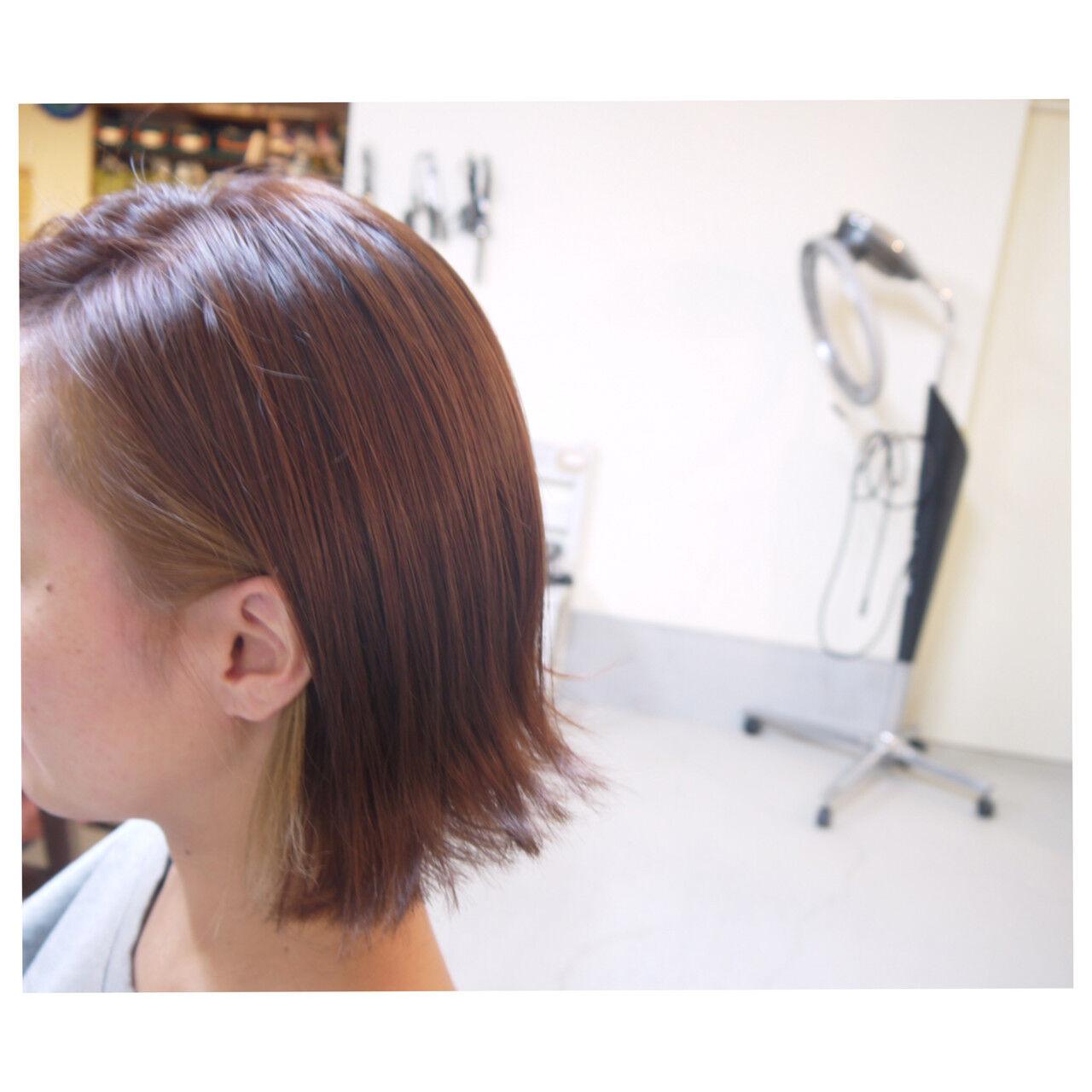 レッド 赤茶 ボブ インナーカラーヘアスタイルや髪型の写真・画像