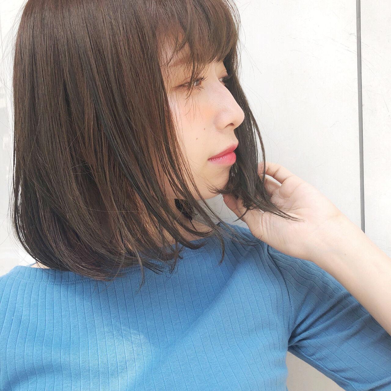 縮毛矯正 ボブ ミディアム オフィスヘアスタイルや髪型の写真・画像