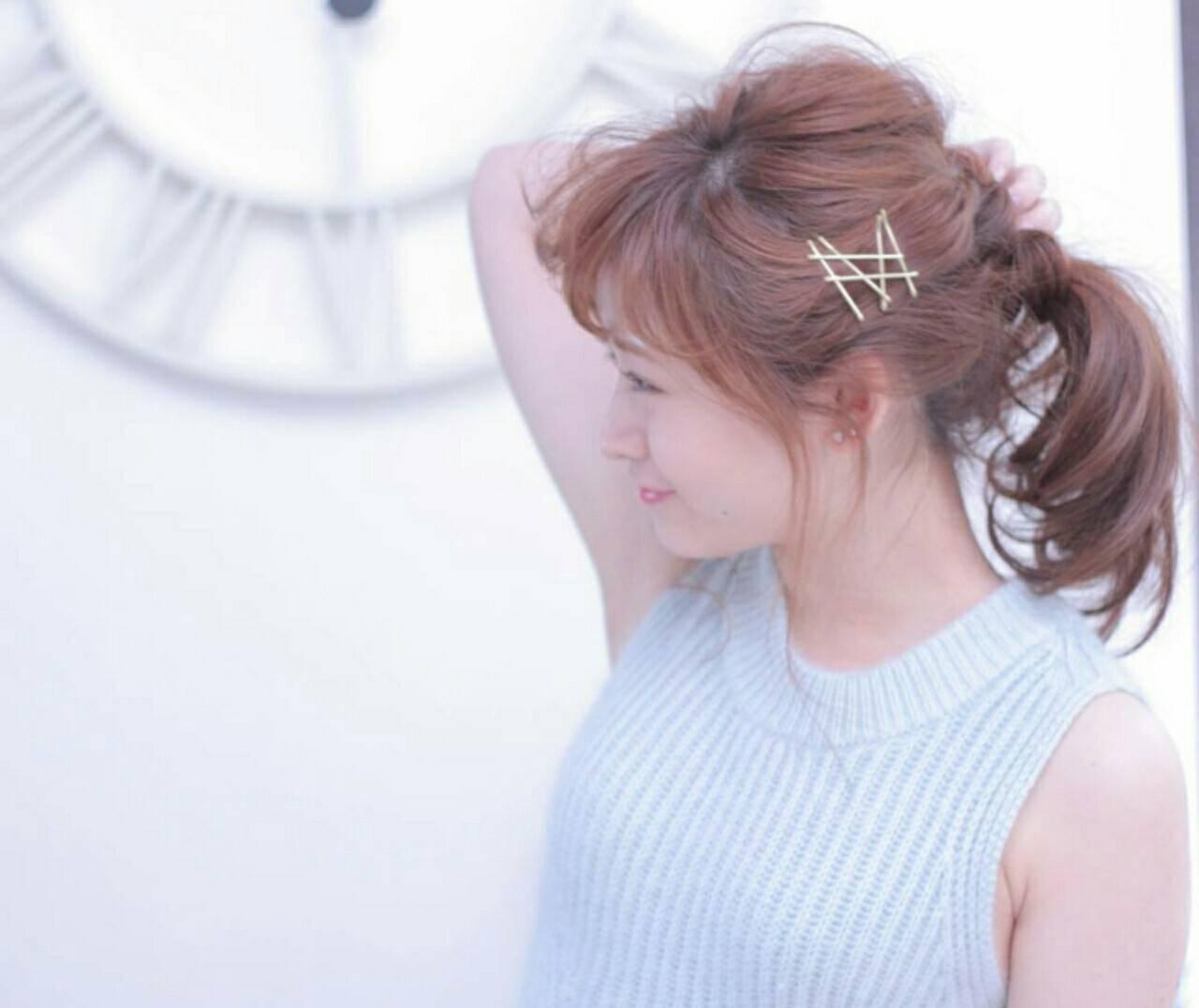 簡単ヘアアレンジ セミロング パーティ 大人かわいいヘアスタイルや髪型の写真・画像