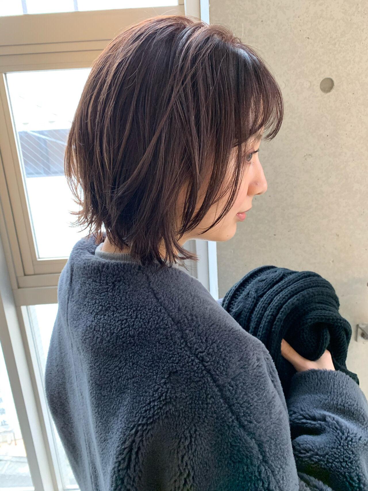 デジタルパーマ ショートボブ 切りっぱなしボブ ミニボブヘアスタイルや髪型の写真・画像