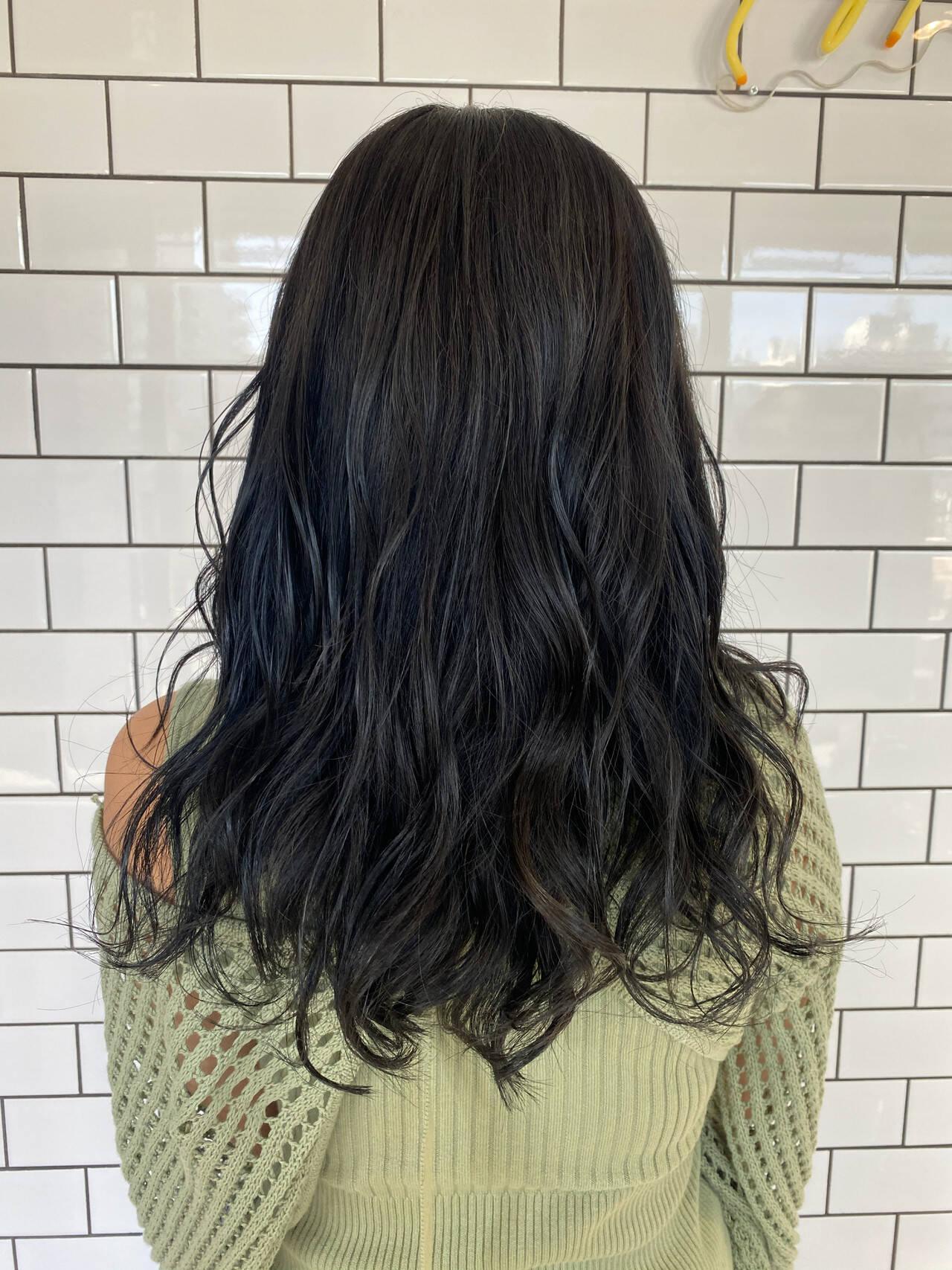 モード ブルージュ ネイビーブルー 地毛風カラーヘアスタイルや髪型の写真・画像