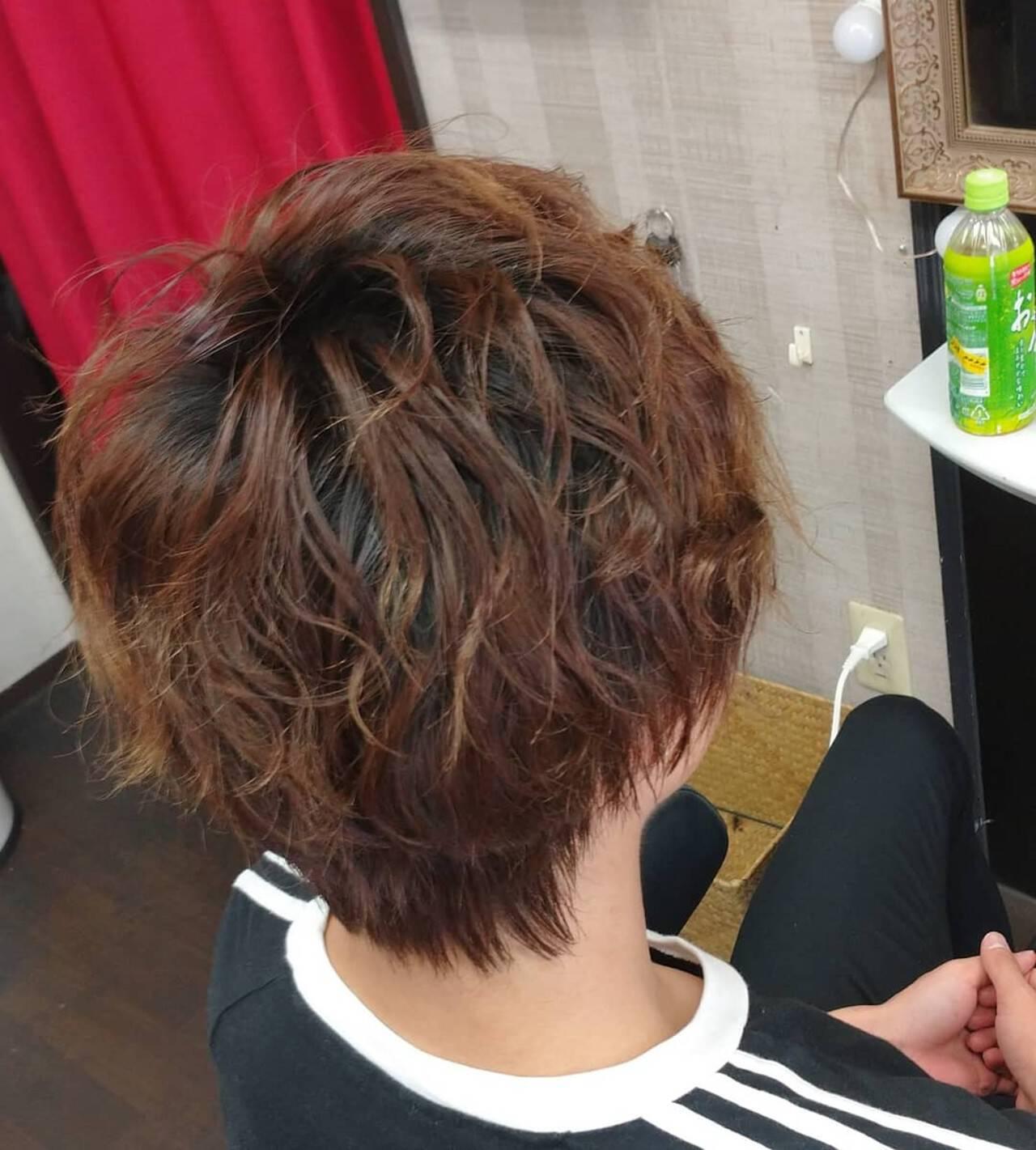 ナチュラル メンズパーマ メンズヘア メンズヘアスタイルや髪型の写真・画像