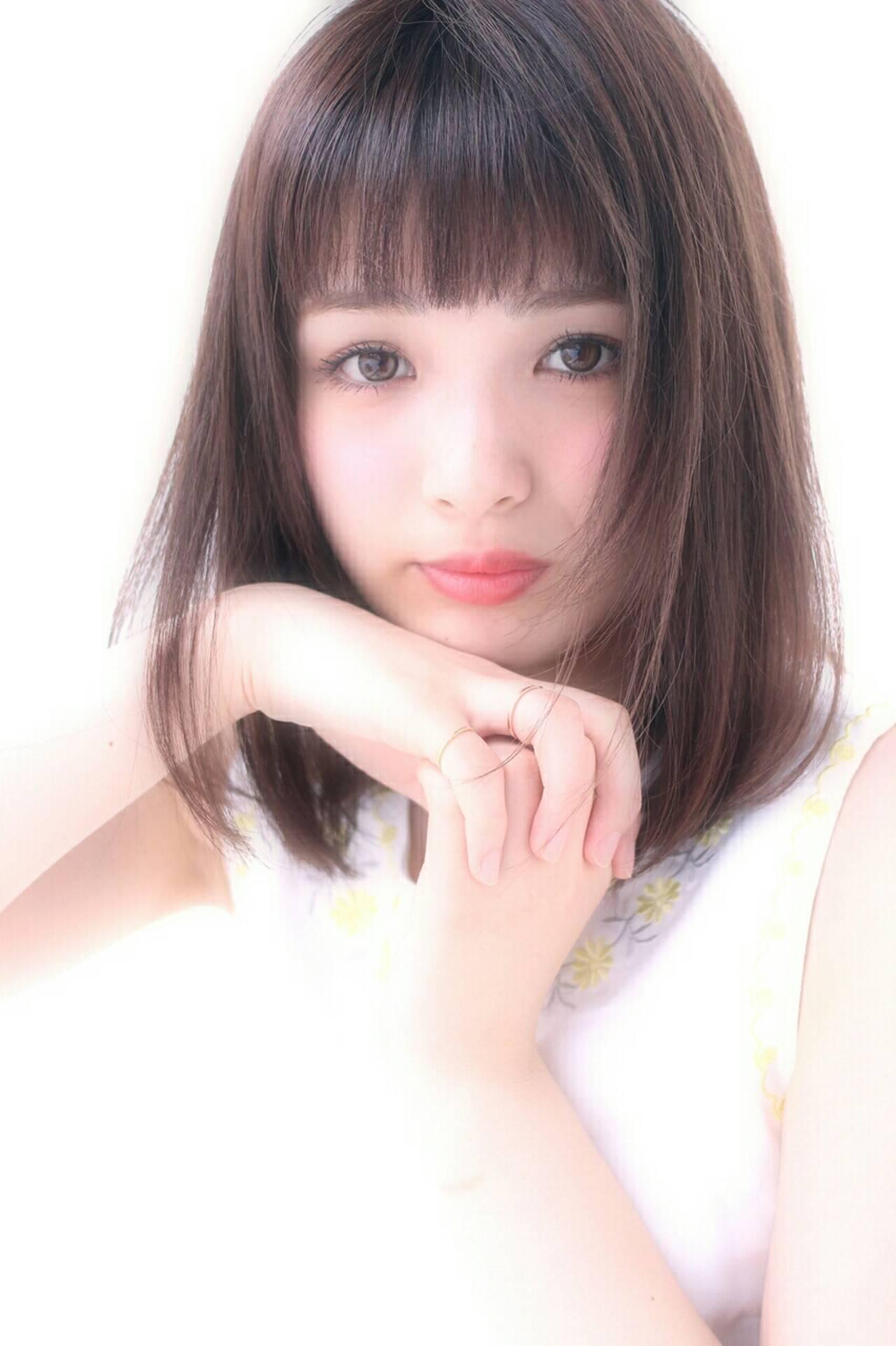 ミディアム 大人かわいい ナチュラル ピュアヘアスタイルや髪型の写真・画像
