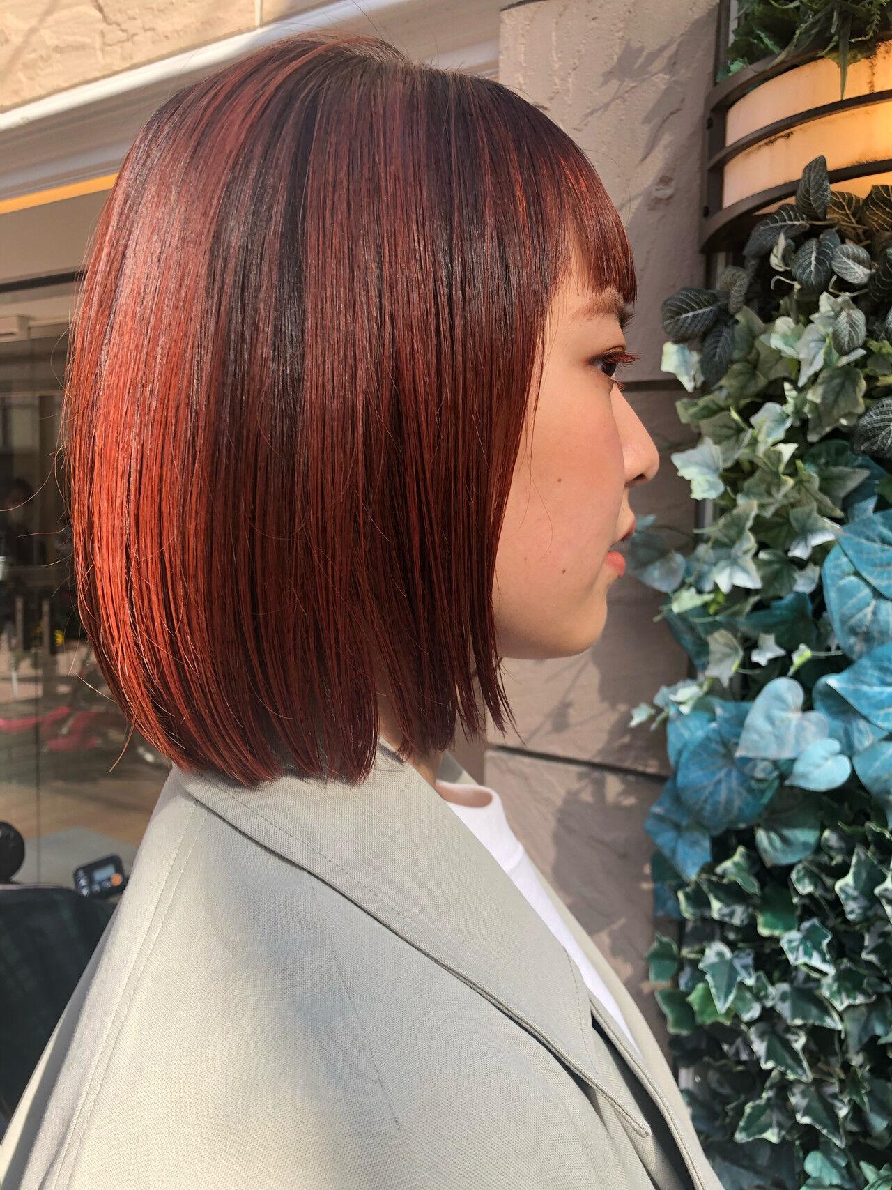 春ヘア 切りっぱなしボブ 春色 ミニボブヘアスタイルや髪型の写真・画像
