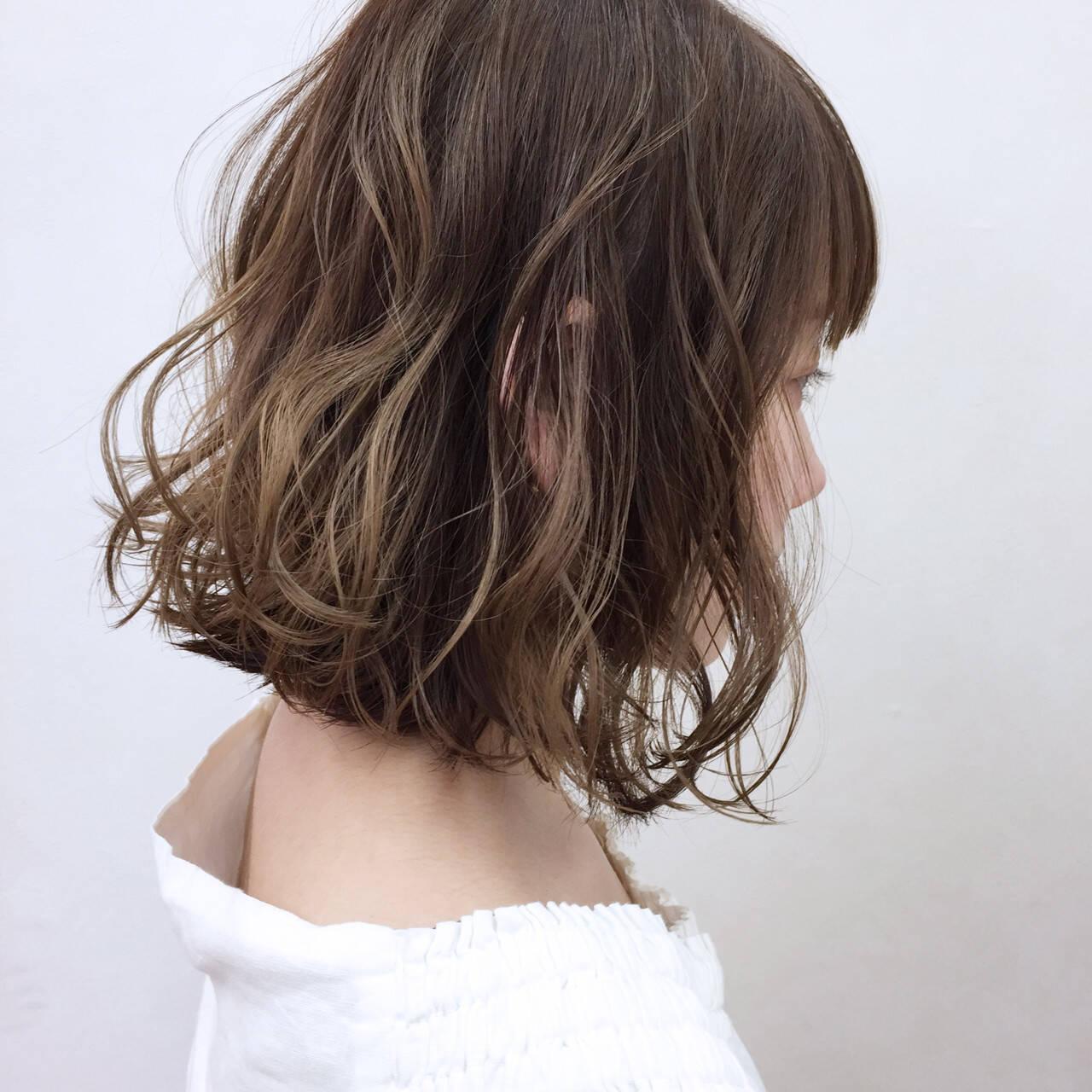オレンジ リラックス イエロー ボブヘアスタイルや髪型の写真・画像