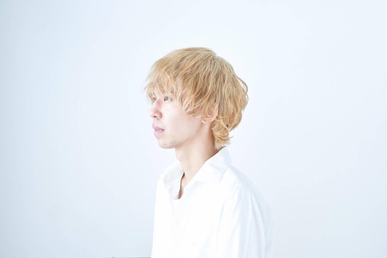 ベージュゴールド ショート ダブルカラー エレガントヘアスタイルや髪型の写真・画像