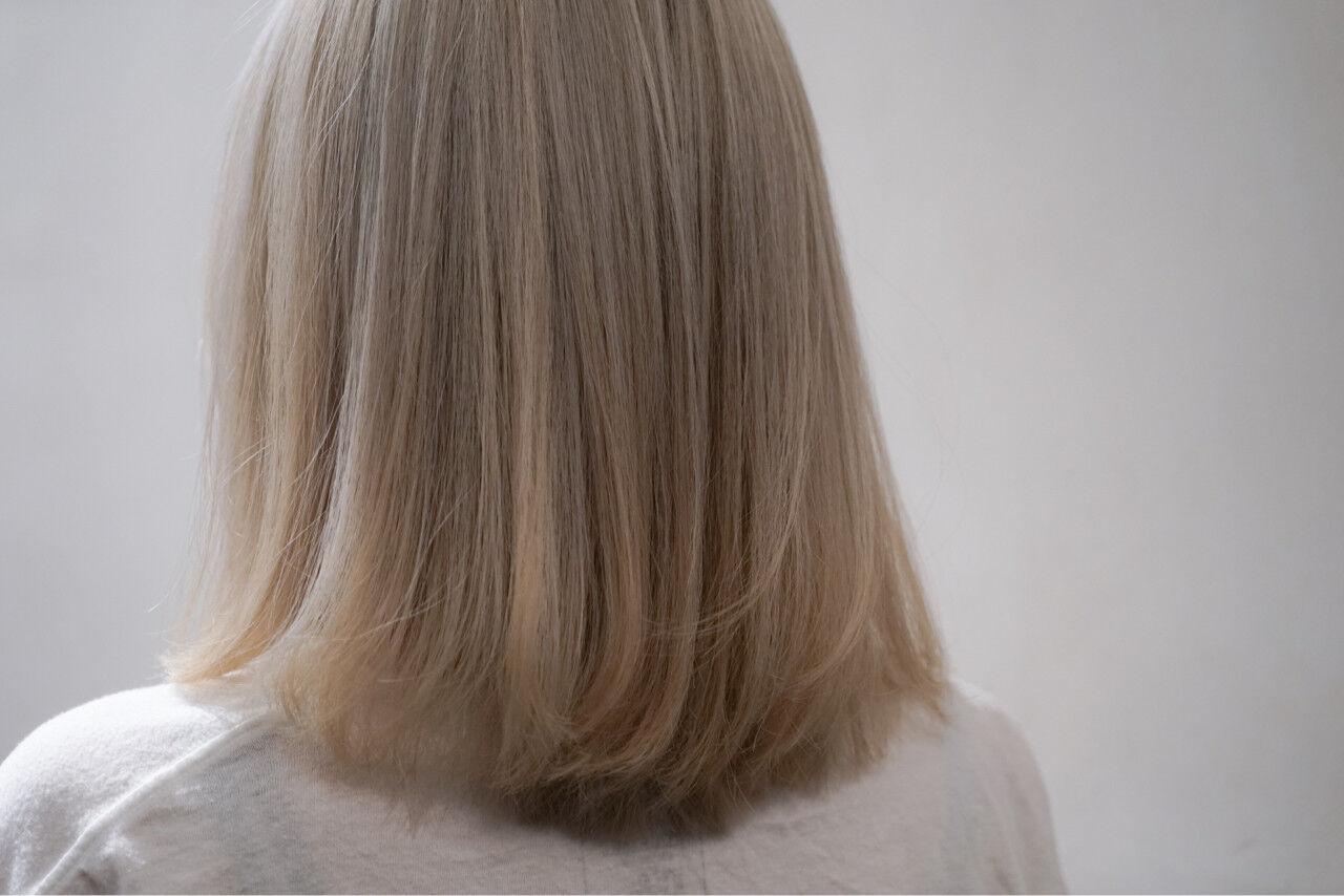 ハイトーン アッシュ ストリート ボブヘアスタイルや髪型の写真・画像