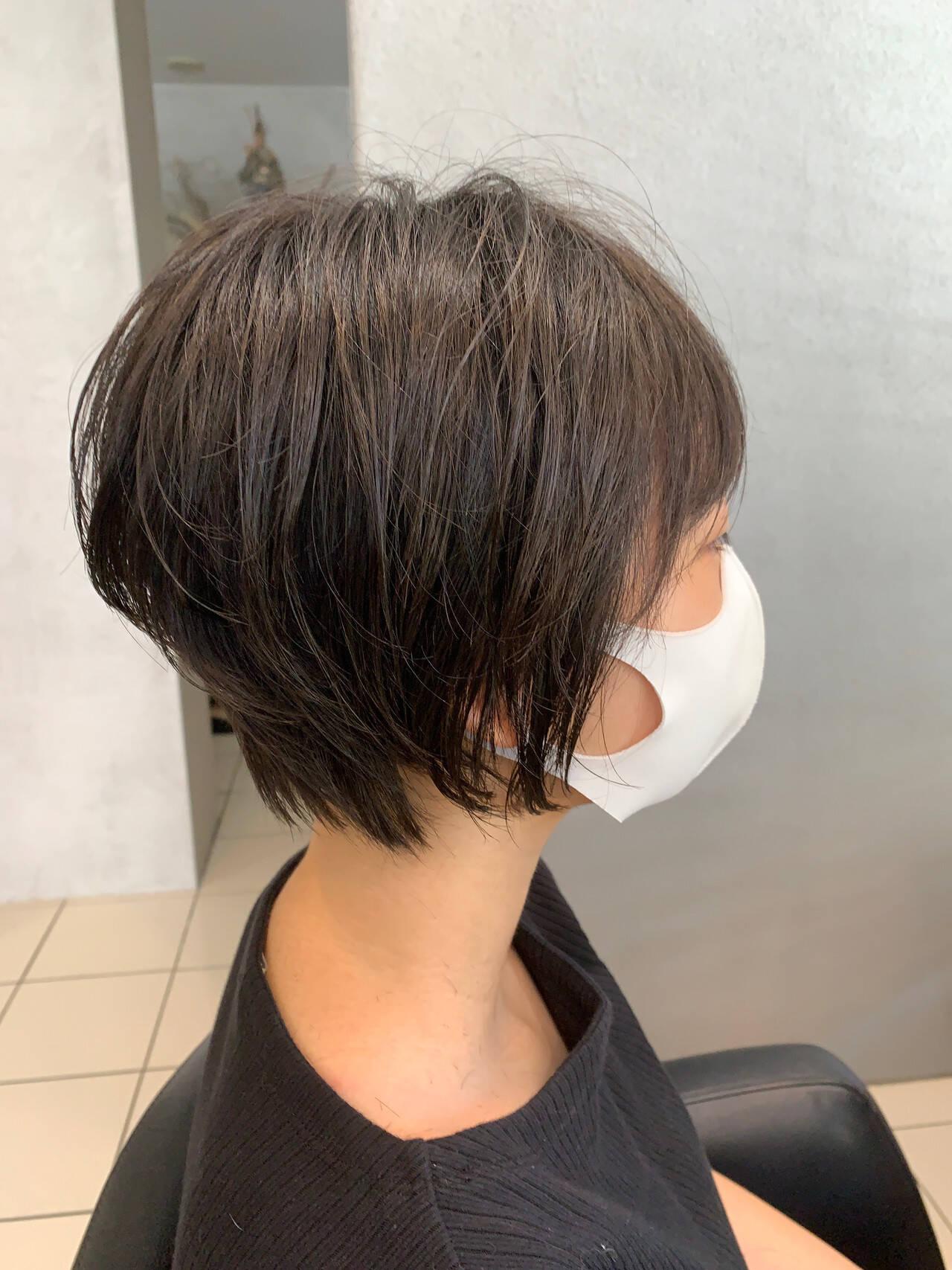 ショートボブ ショートヘア ナチュラル可愛い ミニボブヘアスタイルや髪型の写真・画像