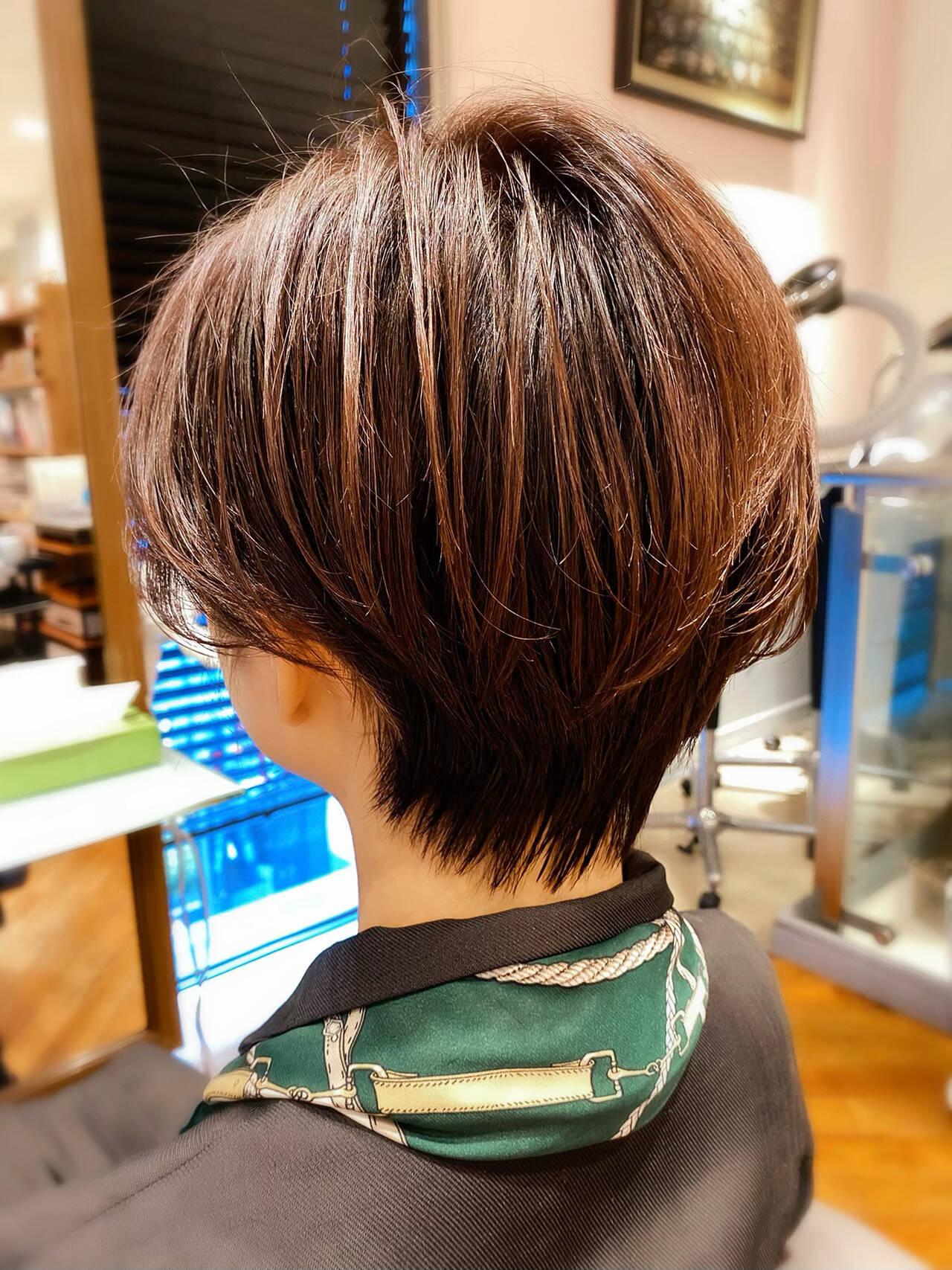 髪質改善 小顔 ショート インナーカラーヘアスタイルや髪型の写真・画像
