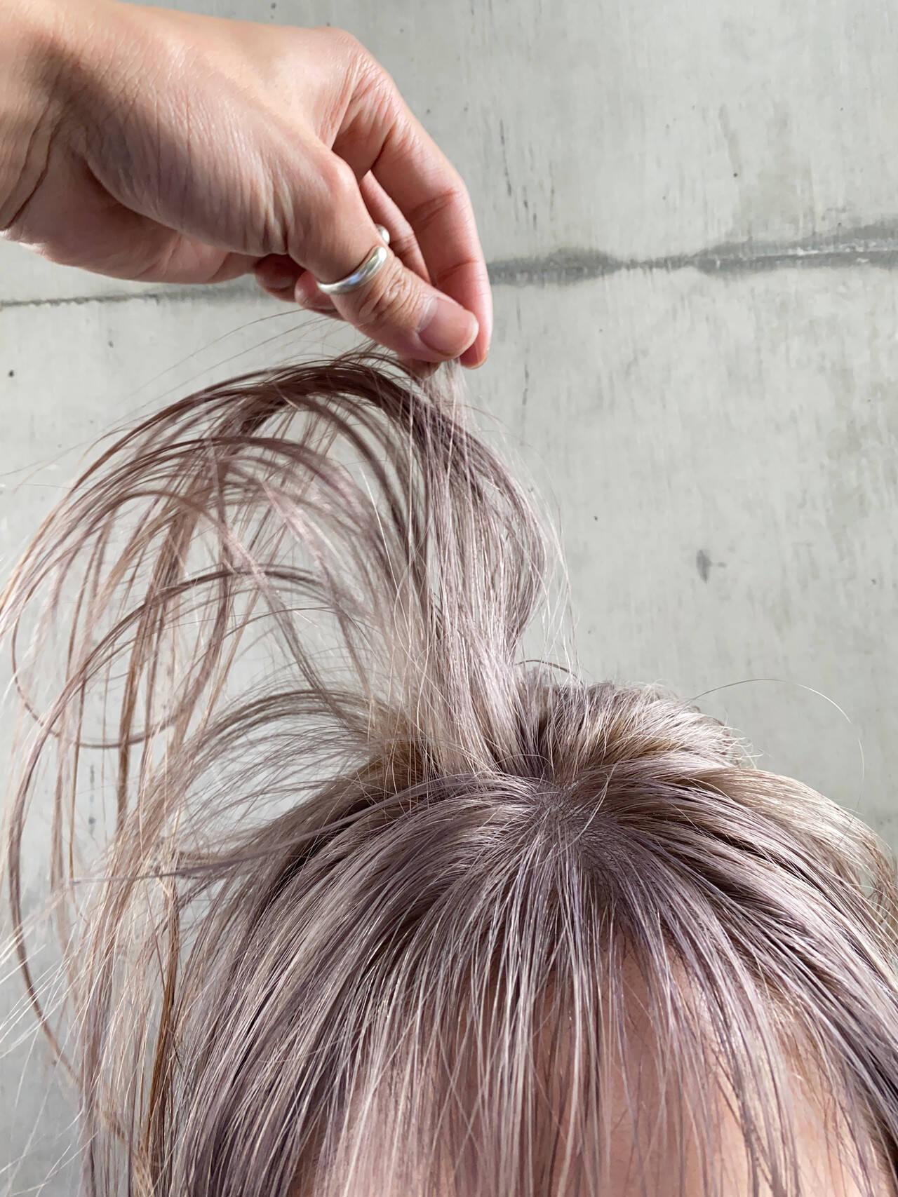 ナチュラル 艶カラー ミルクティー ボブヘアスタイルや髪型の写真・画像