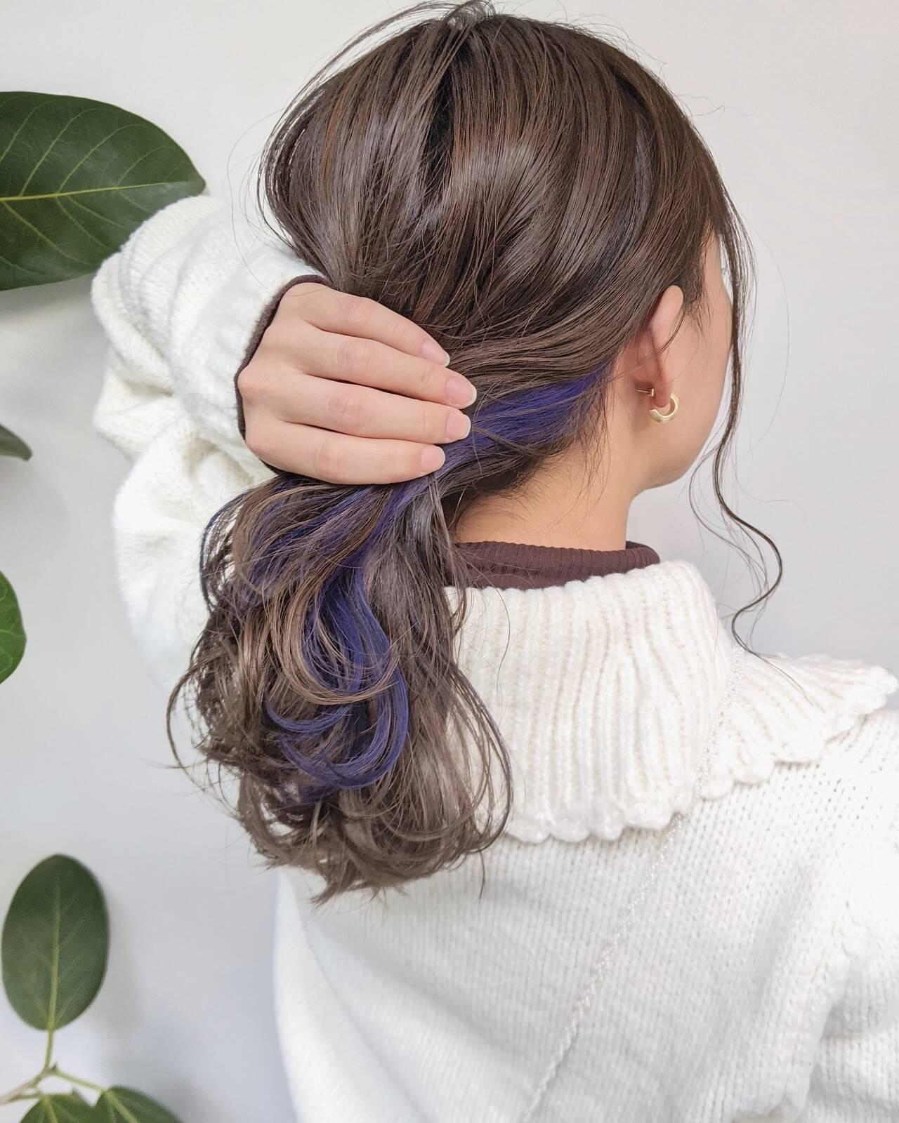 ピンクパープル パープル セミロング パープルカラーヘアスタイルや髪型の写真・画像
