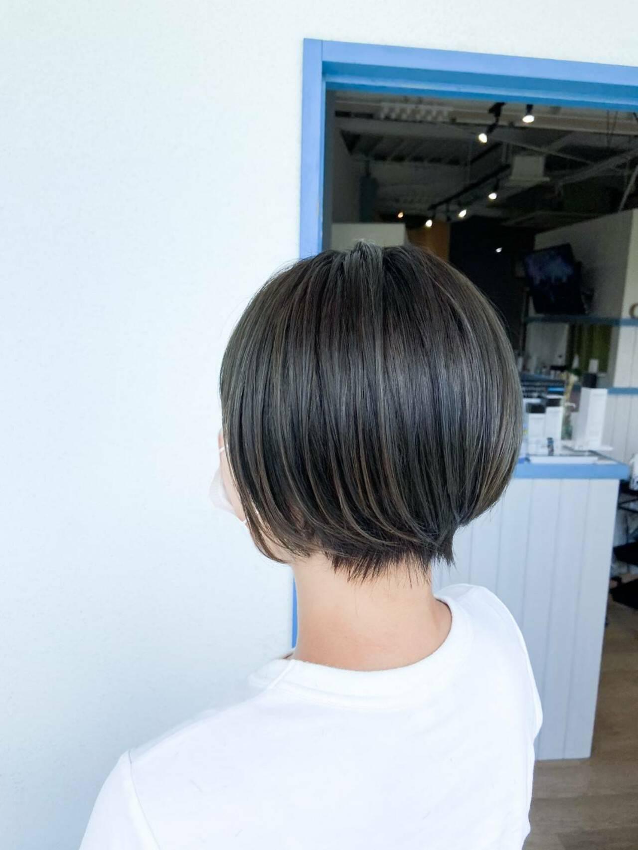 ベリーショート 透明感 ショートヘア コンサバヘアスタイルや髪型の写真・画像