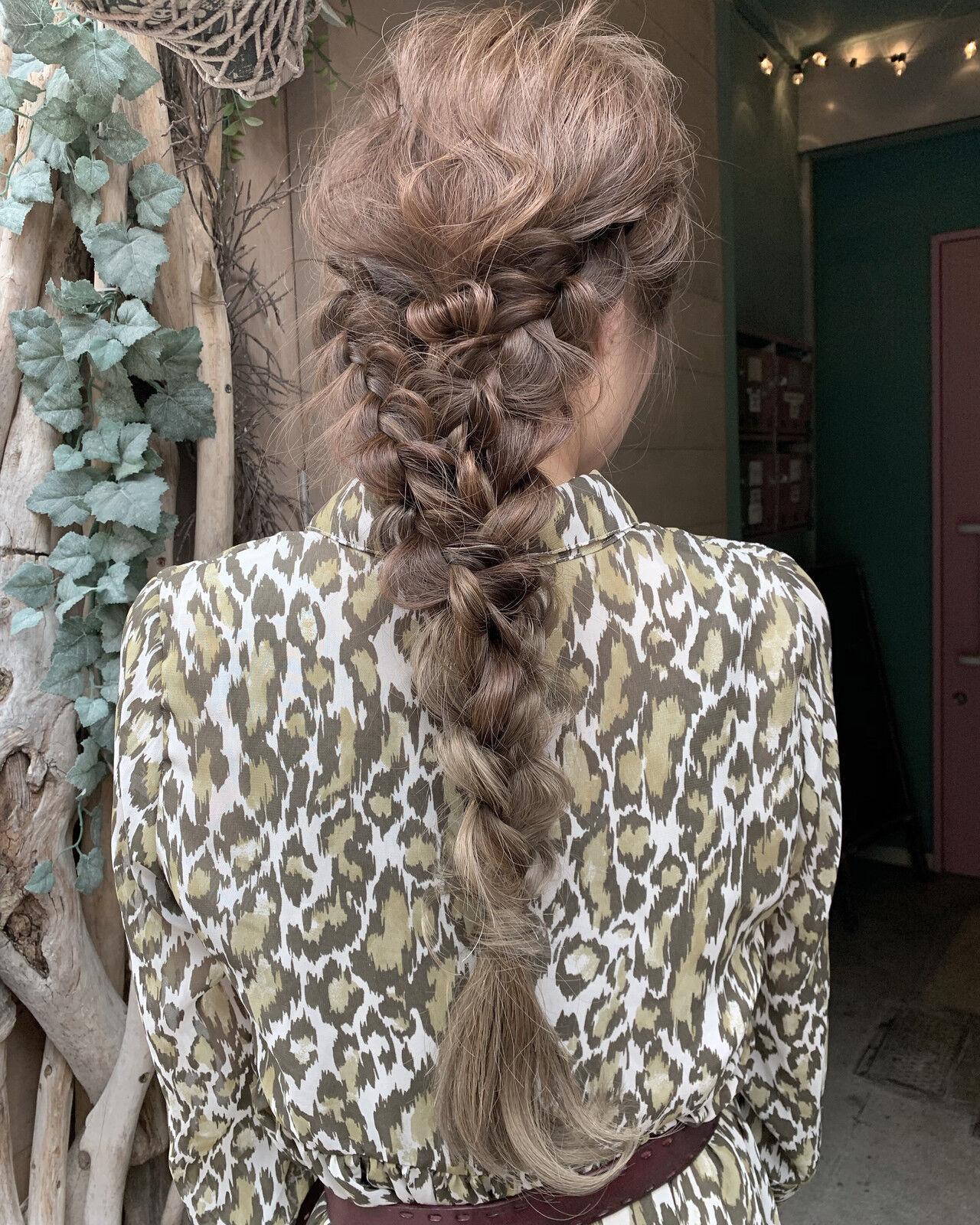 グラデーションカラー ナチュラル 大人ロング ナチュラルグラデーションヘアスタイルや髪型の写真・画像