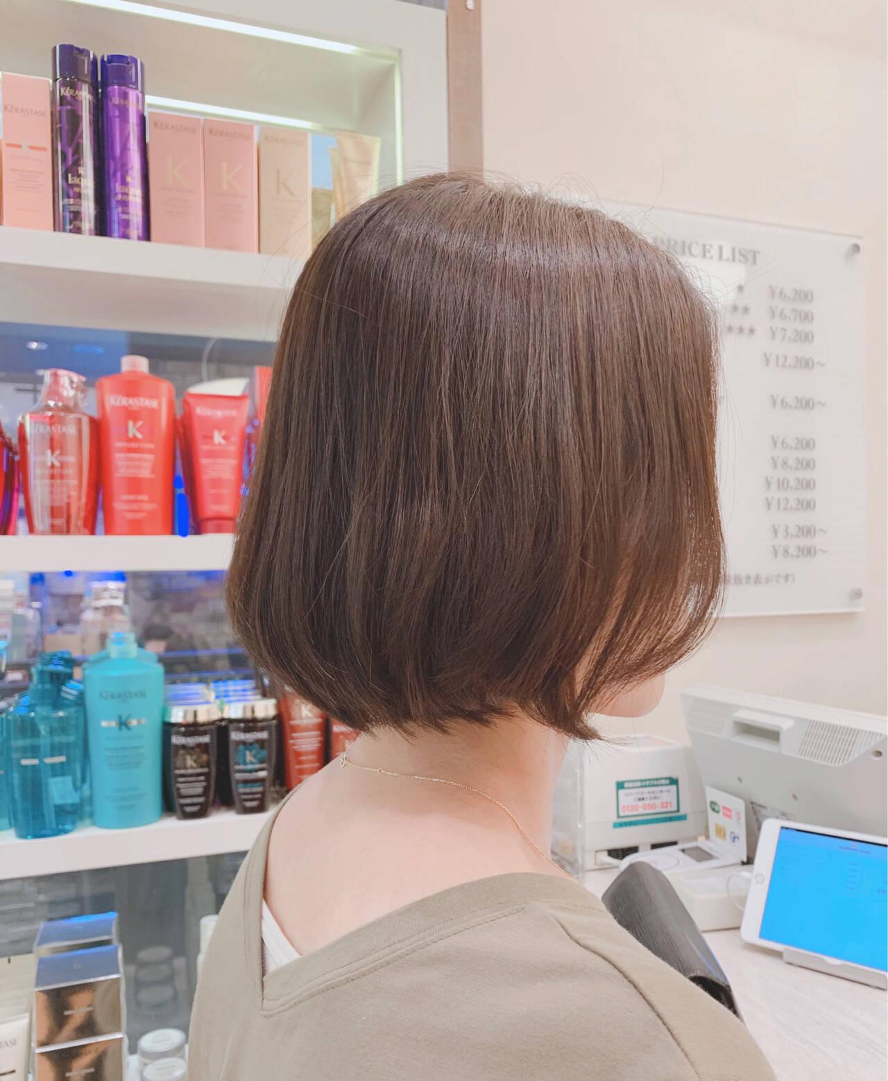 ボブ 切りっぱなしボブ ボブヘアー ナチュラルヘアスタイルや髪型の写真・画像