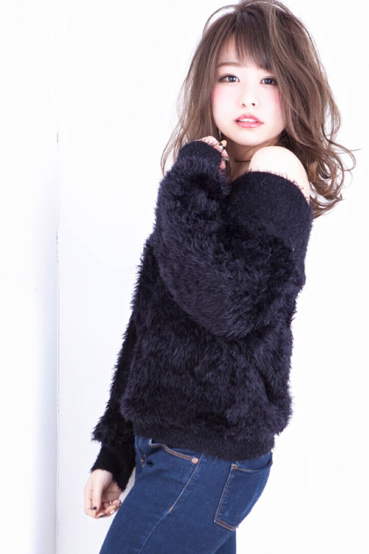 ニュアンス 大人女子 小顔 グレージュヘアスタイルや髪型の写真・画像