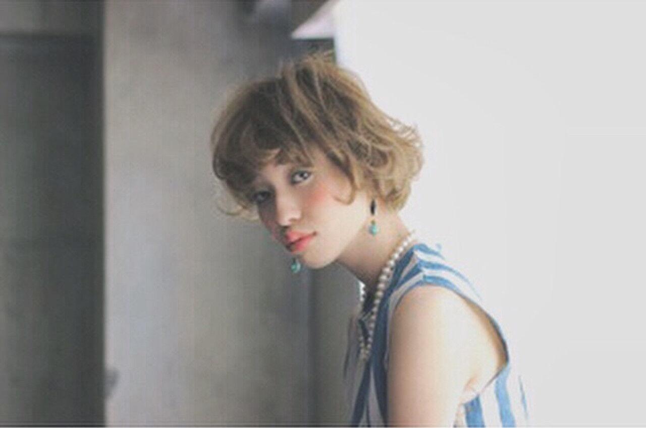 外国人風 パーマ ボブ ゆるふわヘアスタイルや髪型の写真・画像