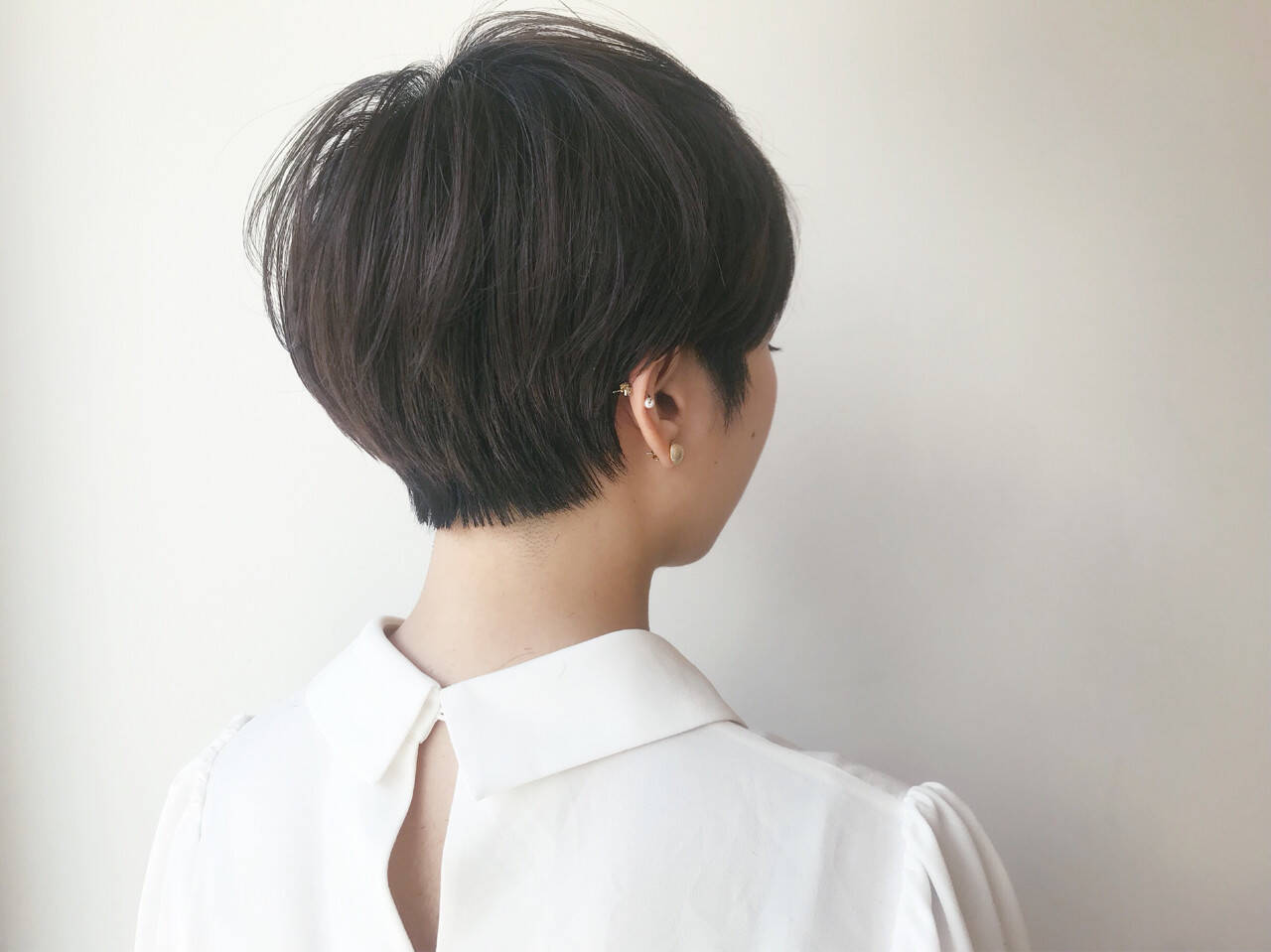 ナチュラル 黒髪 ショートヘアスタイルや髪型の写真・画像