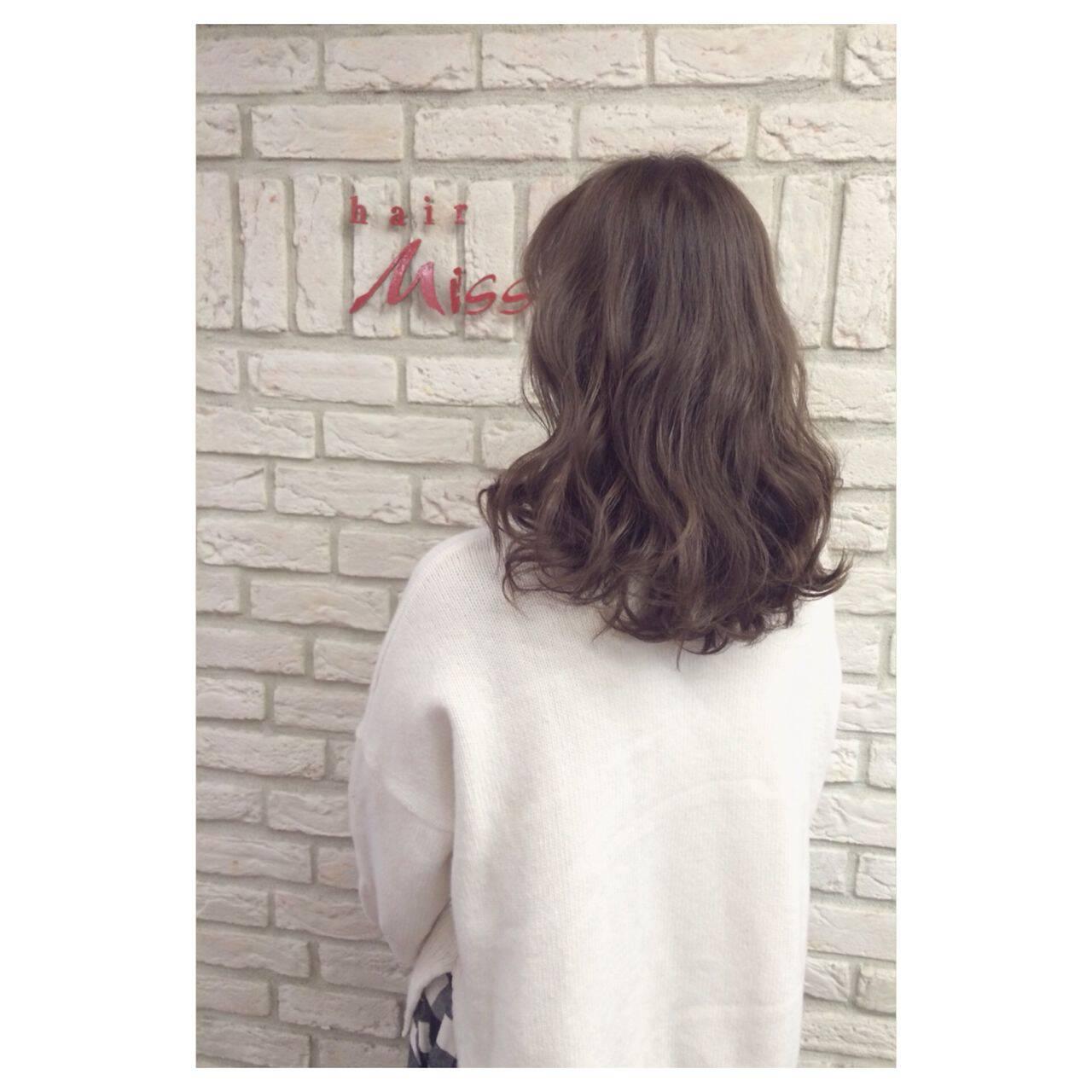 ラベンダーアッシュ アッシュ 大人かわいい フェミニンヘアスタイルや髪型の写真・画像