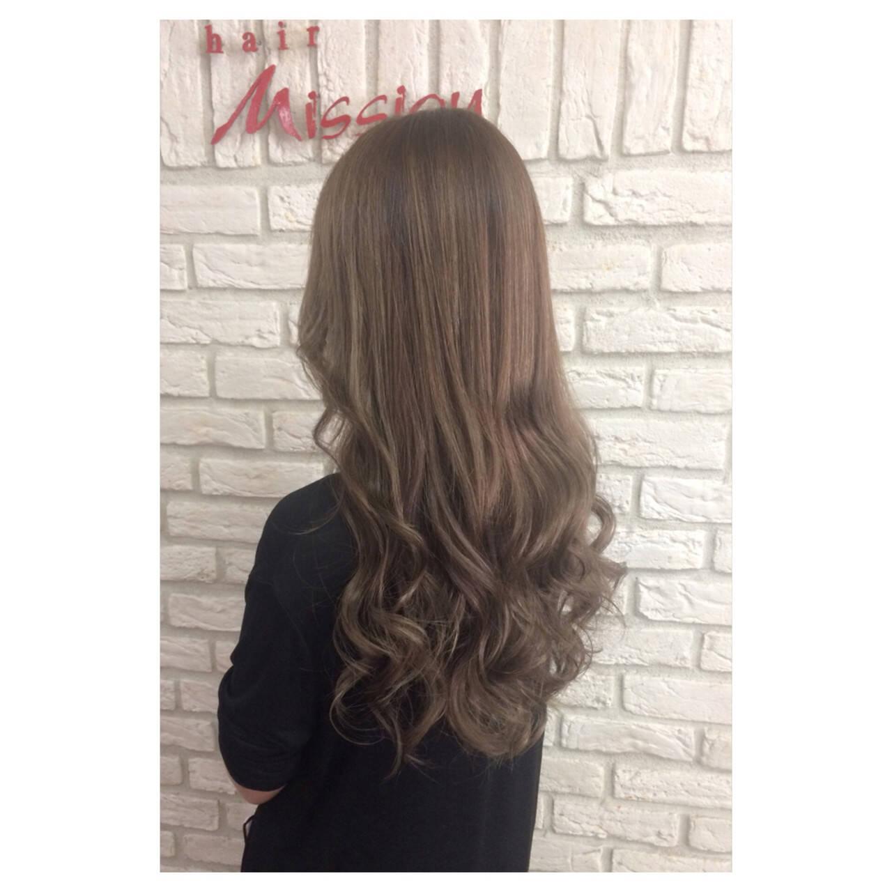 ベージュ ストリート ロング ブラウンヘアスタイルや髪型の写真・画像