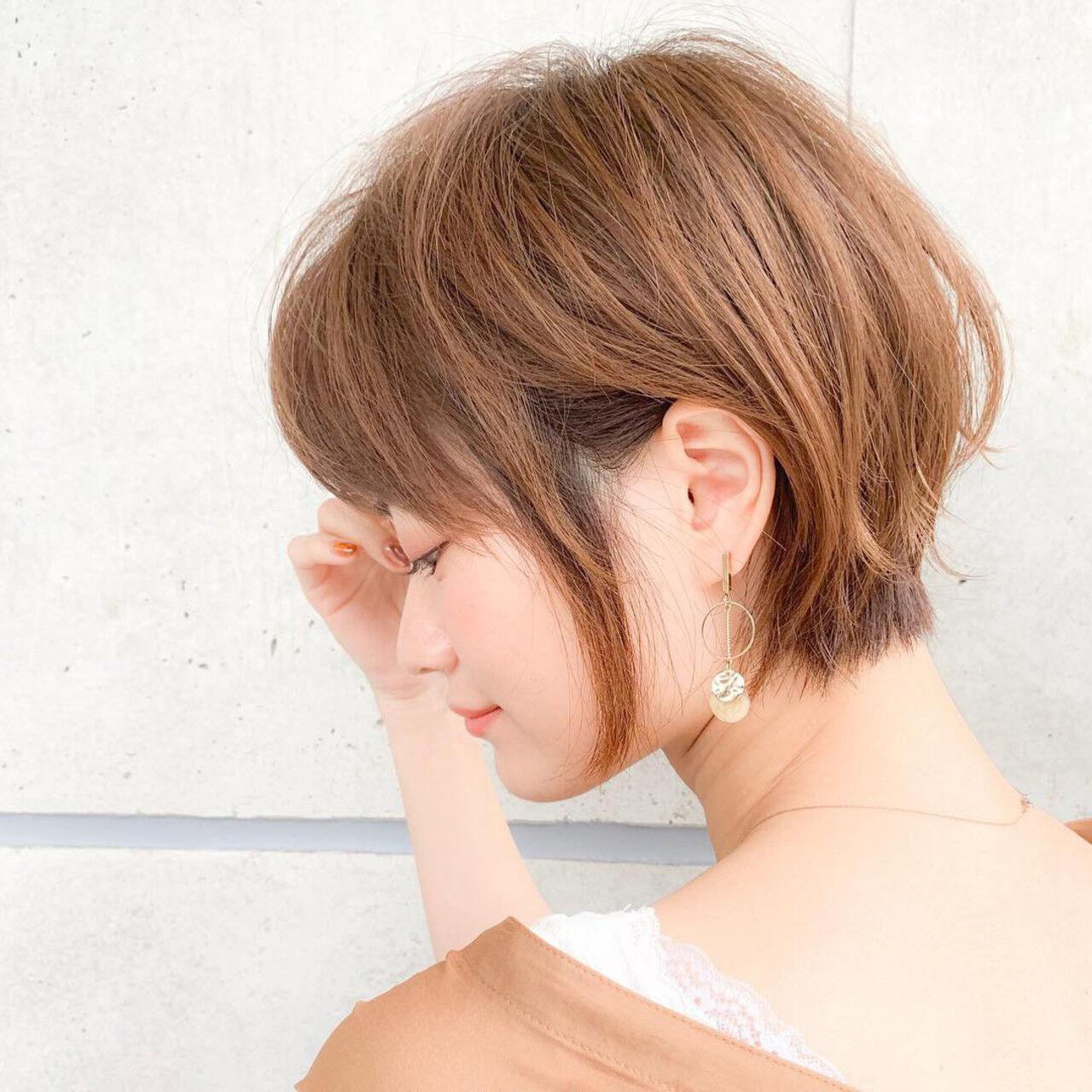 フェミニン オフィス 小顔ショート ショートヘアスタイルや髪型の写真・画像