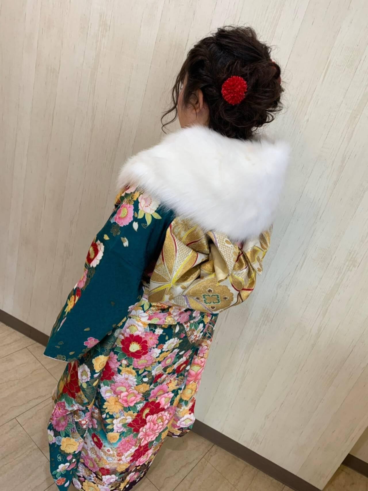 セミロング ガーリー 秋冬スタイル 成人式ヘアメイク着付けヘアスタイルや髪型の写真・画像