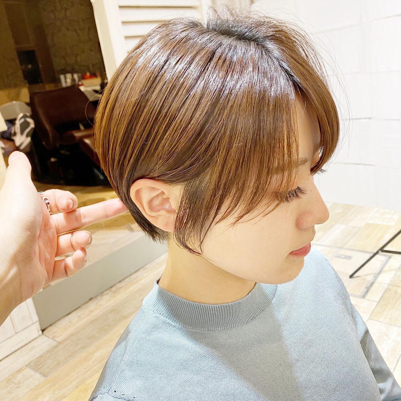 ショートボブ 小顔ショート 耳掛けショート 大人ショートヘアスタイルや髪型の写真・画像