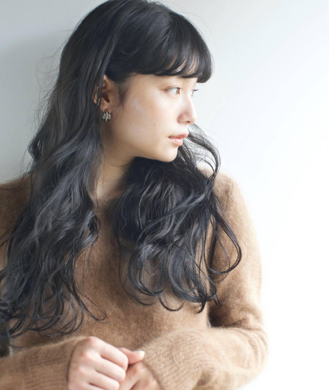 秋 ロング 透明感 ナチュラルヘアスタイルや髪型の写真・画像