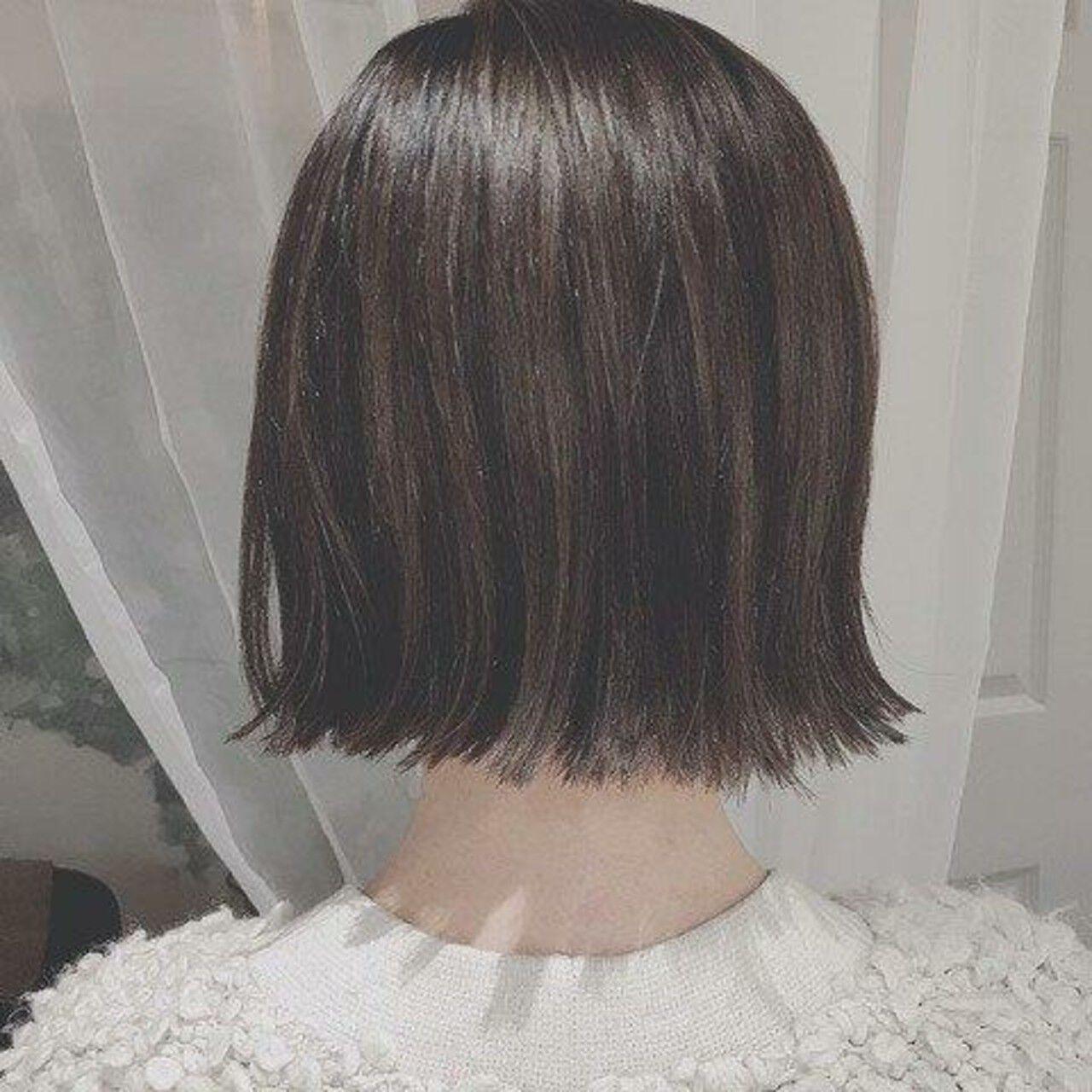 冬 デート ボブ フェミニンヘアスタイルや髪型の写真・画像