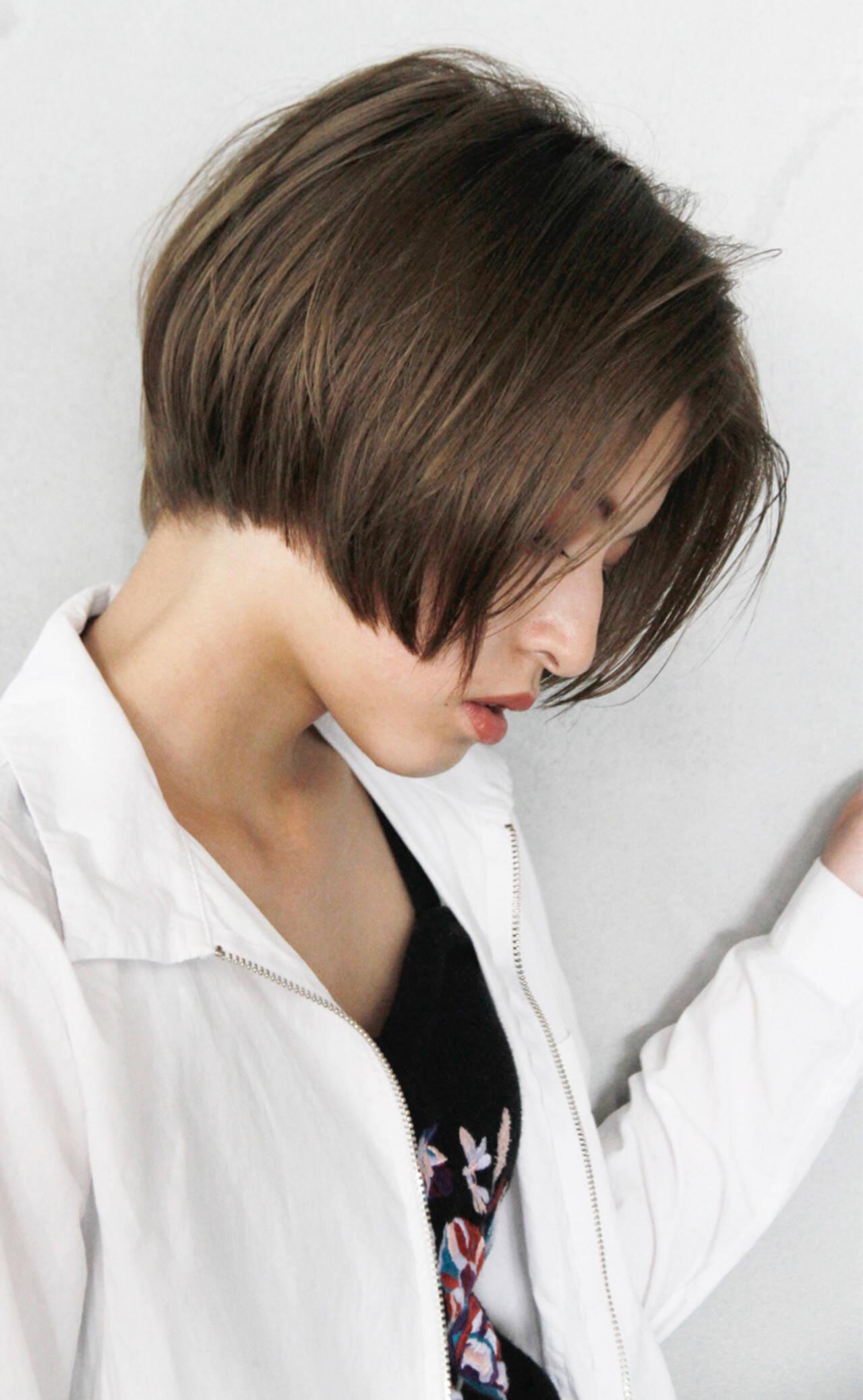 ナチュラル ショート ショートボブ ジェンダーレスヘアスタイルや髪型の写真・画像