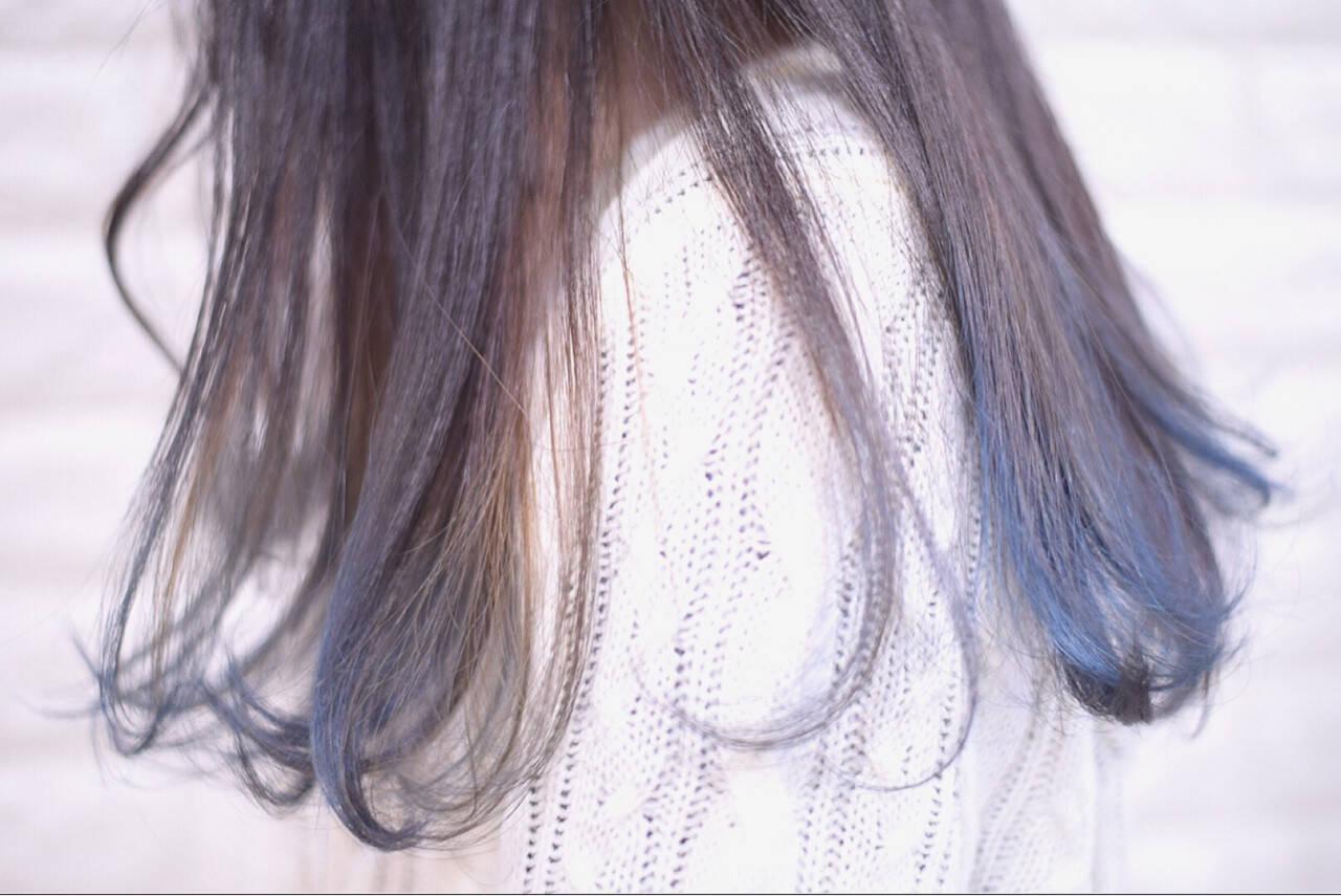 ストリート デート ロング ブルーヘアスタイルや髪型の写真・画像