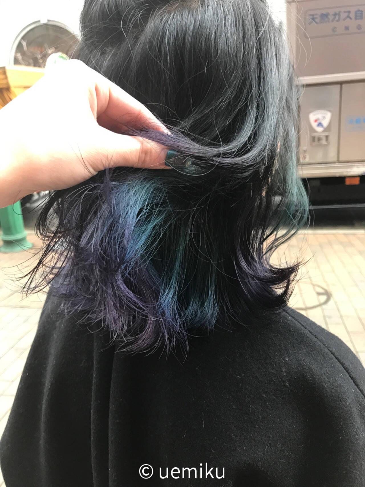 暗髪 ダークアッシュ ストリート 外ハネヘアスタイルや髪型の写真・画像