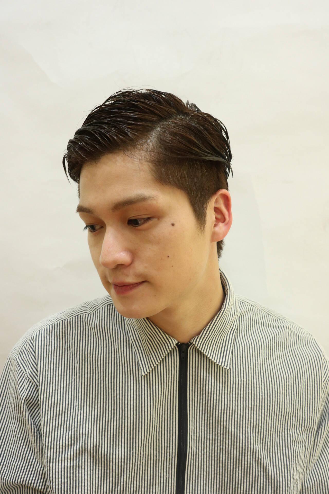 ナチュラル 刈り上げ ウェットヘア ショートヘアスタイルや髪型の写真・画像