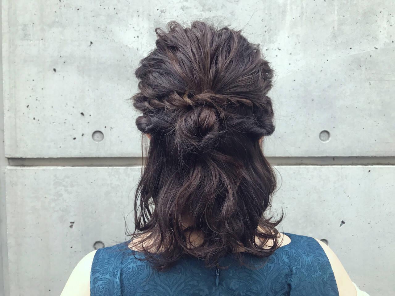 ヘアアレンジ アンニュイほつれヘア ナチュラル ミディアムヘアスタイルや髪型の写真・画像