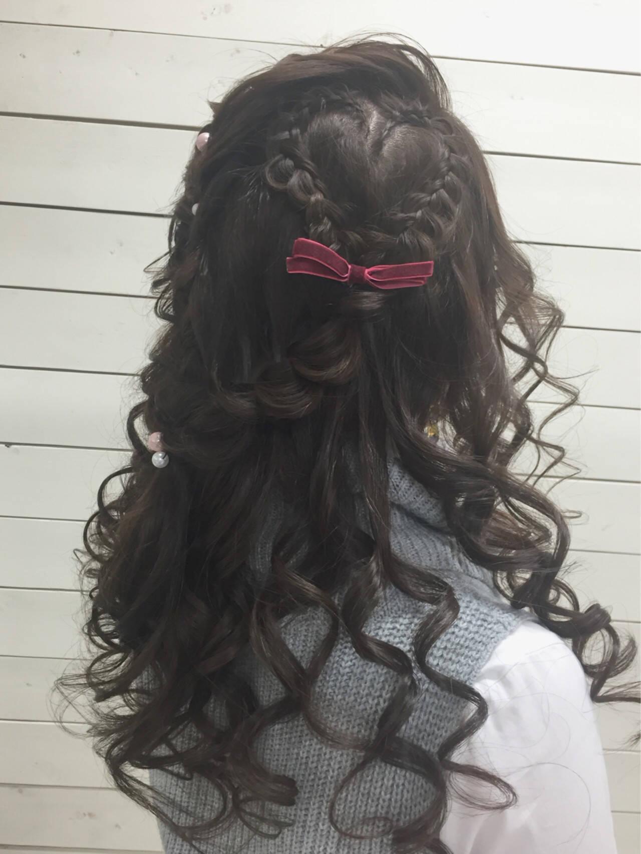 編み込み ハーフアップ ロング 冬ヘアスタイルや髪型の写真・画像
