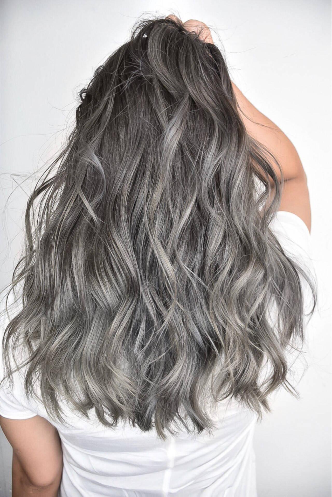 ストリート ハイライト ロング 外国人風カラーヘアスタイルや髪型の写真・画像