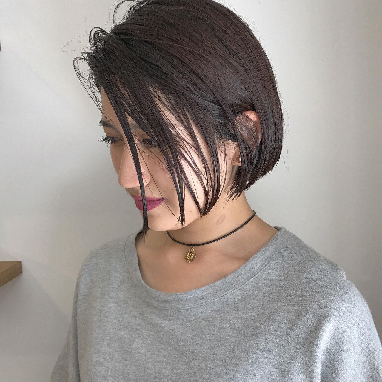 切りっぱなし ハイライト ナチュラル 黒髪ヘアスタイルや髪型の写真・画像