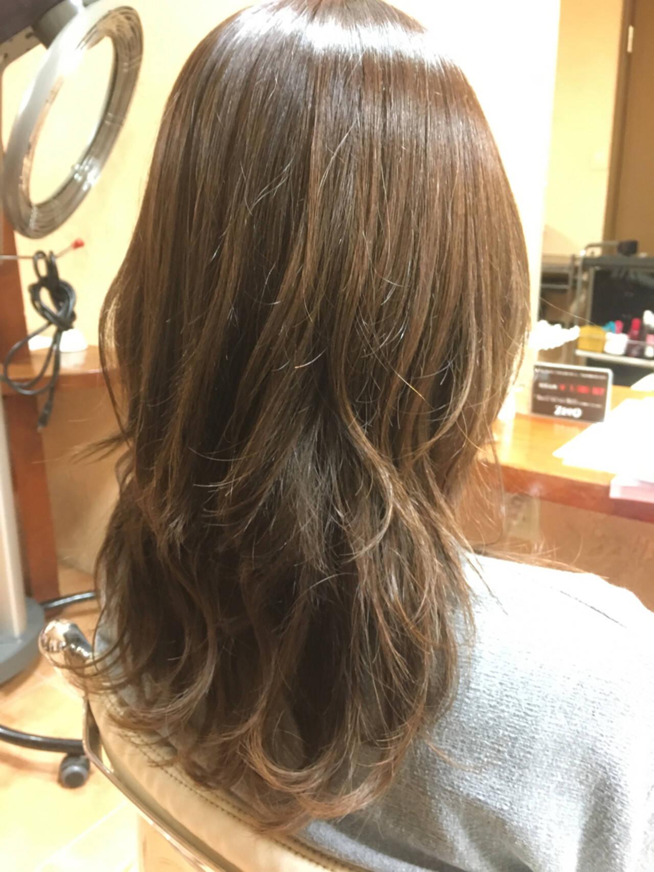 大人女子 ゆるふわ アッシュ ナチュラルヘアスタイルや髪型の写真・画像