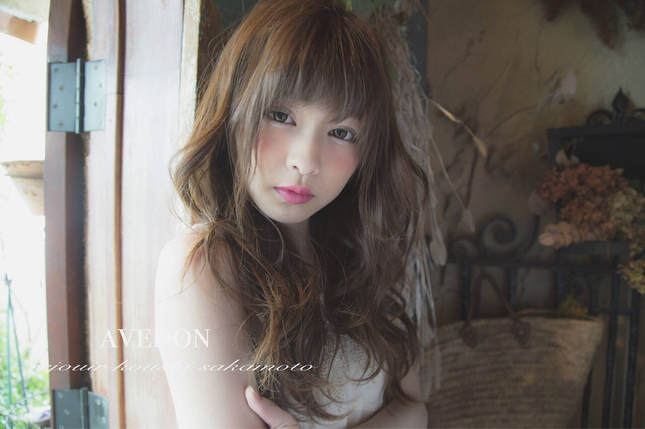 セミロング 大人かわいい ピュア ナチュラルヘアスタイルや髪型の写真・画像