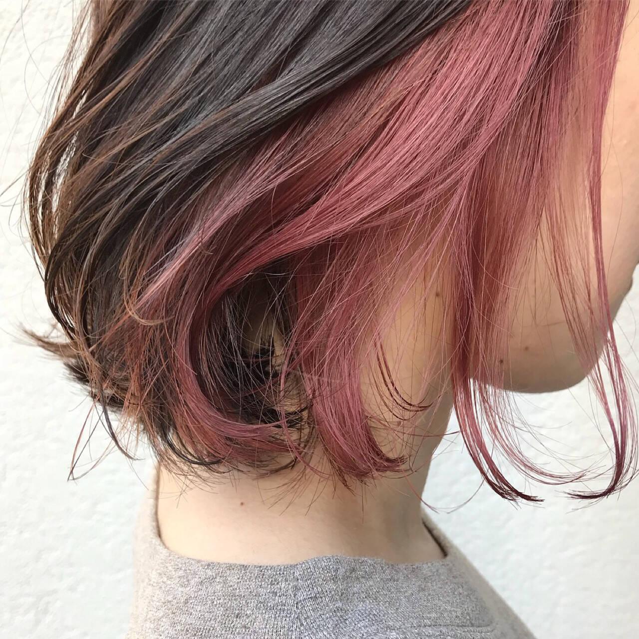 ダブルカラー ブリーチ アウトドア スポーツヘアスタイルや髪型の写真・画像