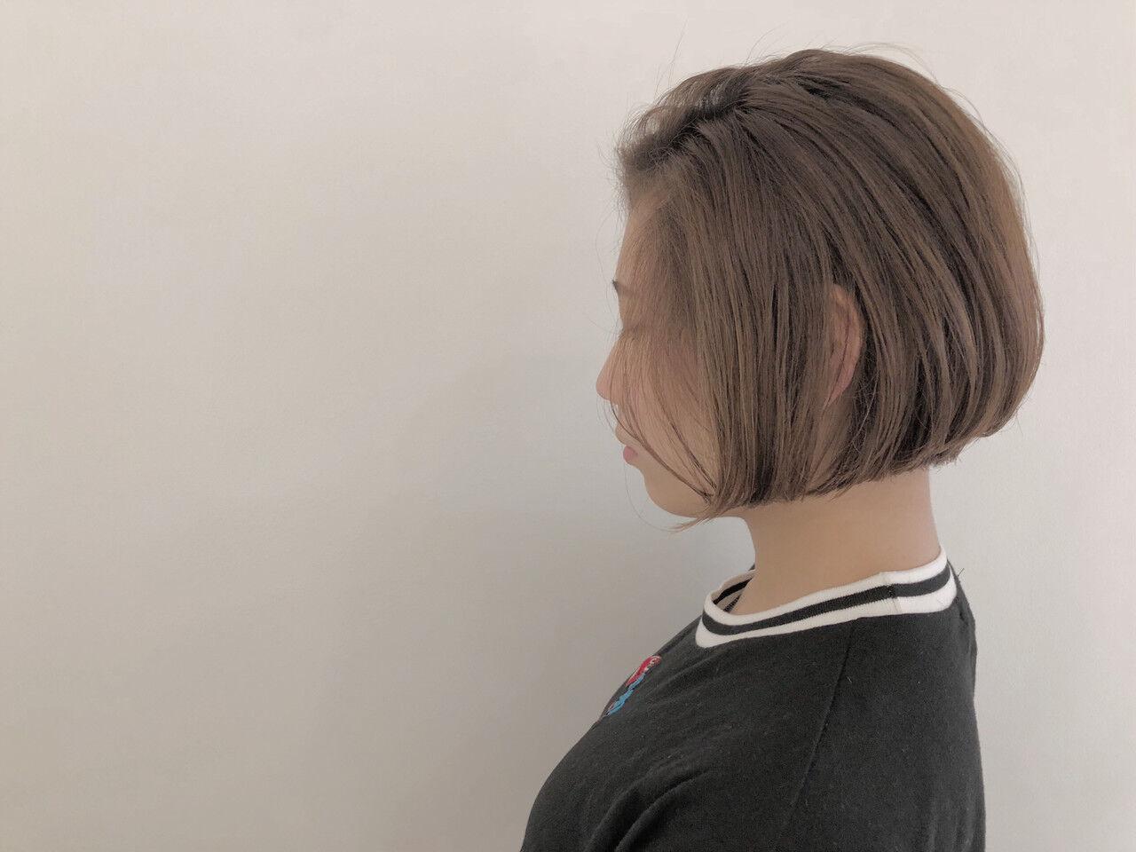 グラデーションカラー ナチュラル 切りっぱなし ボブヘアスタイルや髪型の写真・画像